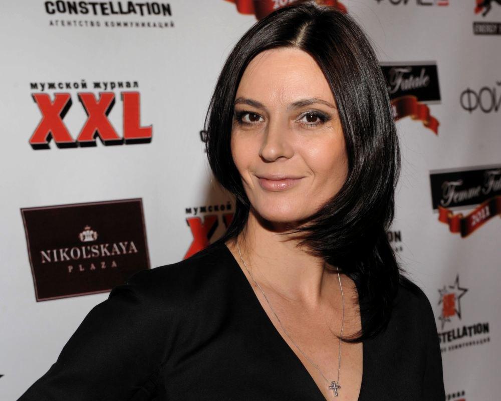Лидия Вележева показала травмы, полученные в результате дебоша в самолете