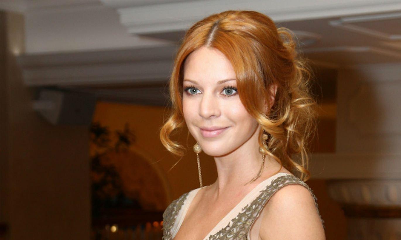 Наталью Подольскую раскритиковали за наряд выпускницы