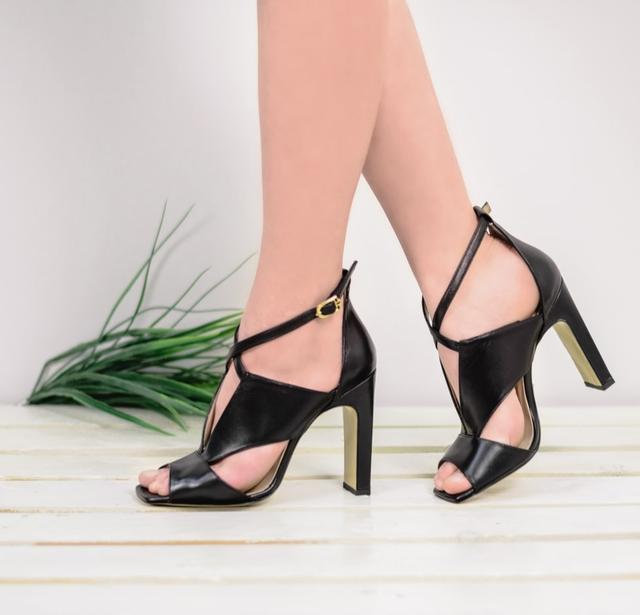 Обувь на платформе - удобная альтернатива каблукам!