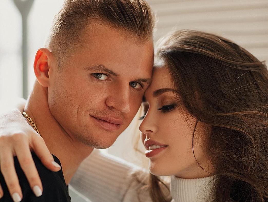 Дочь Дмитрия Тарасова и Анастасии Костенко сказала первое слово