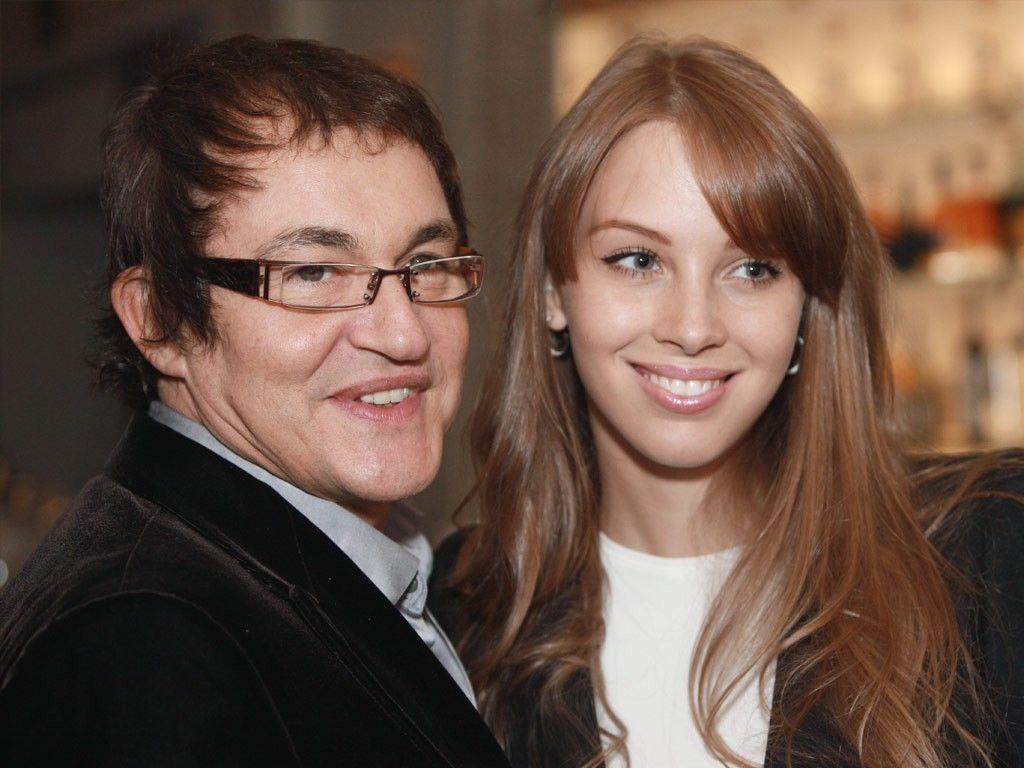 Жена Дмитрия Диброва рассказала, за что ее травили в школе