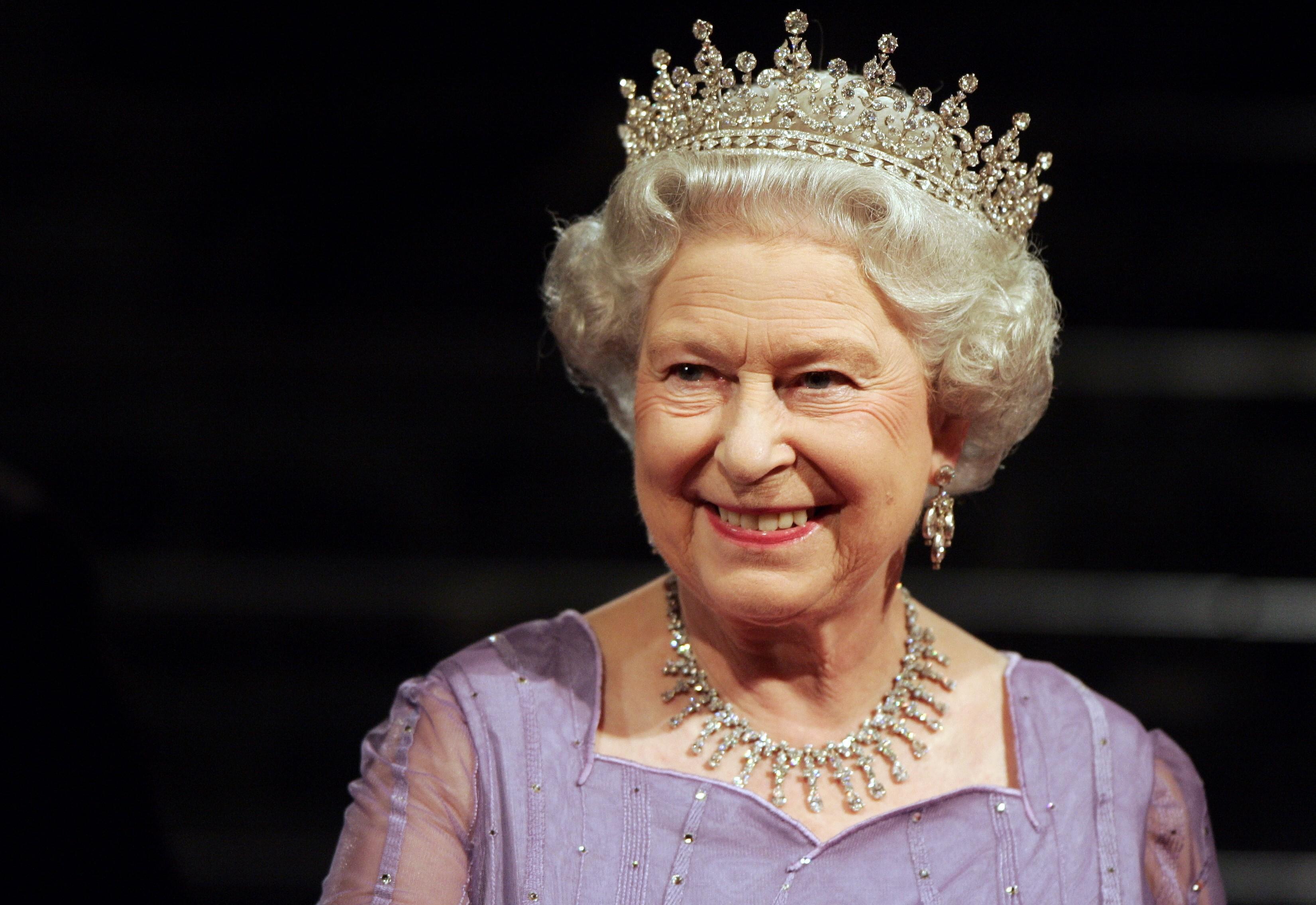 Елизавета II показала будущих правителей Великобритании