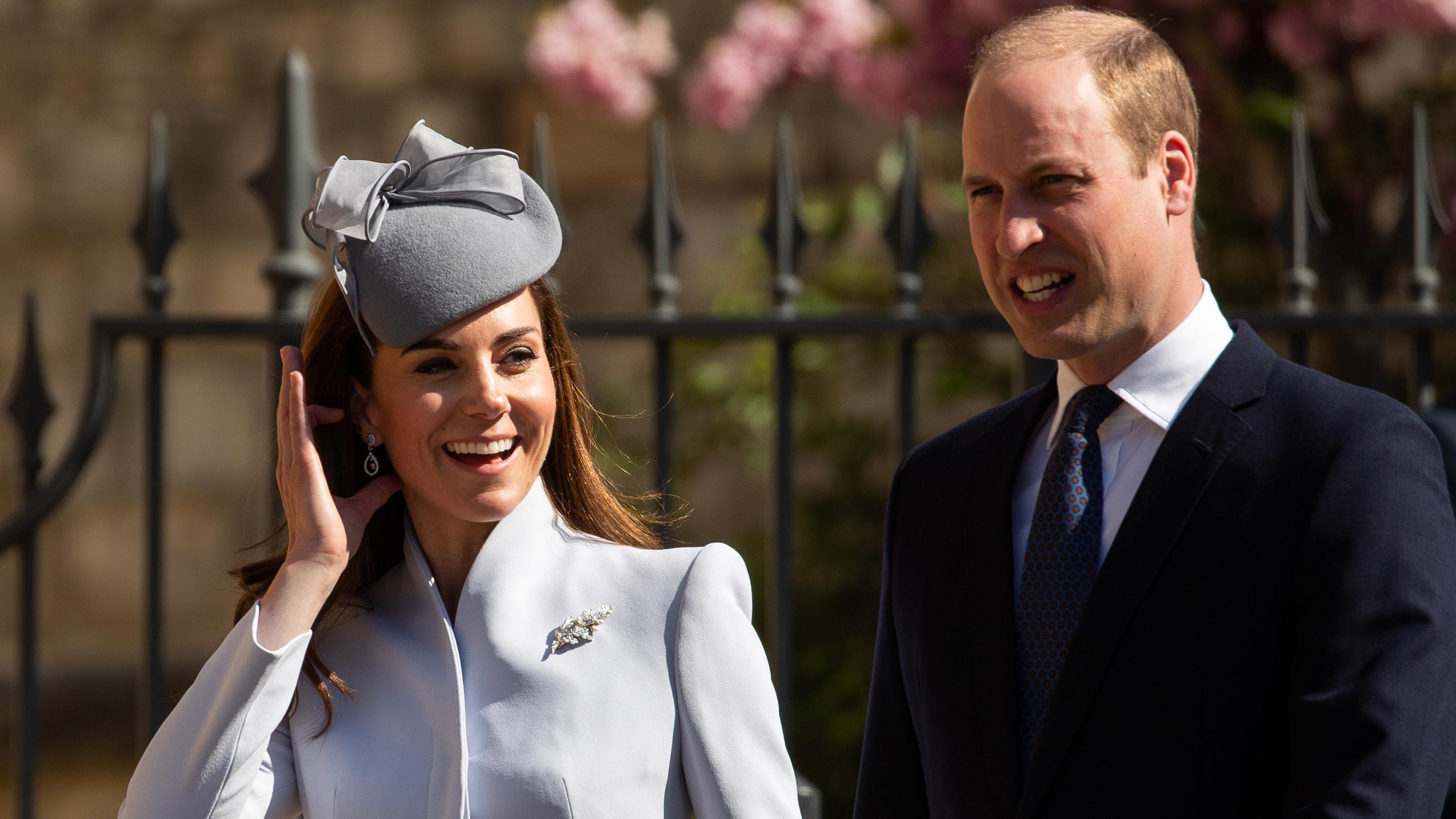 Принц Уильям и Кейт Миддлтон отвели детей в школу