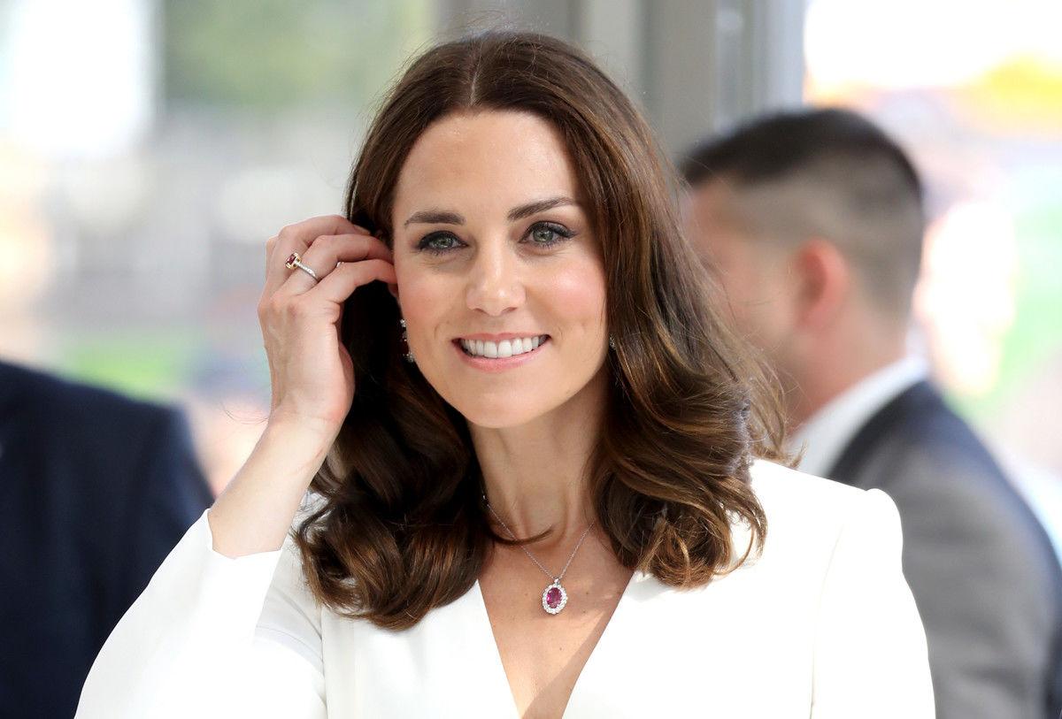 Кейт Миддлтон рассказала о любимой прическе принцессы Шарлотты