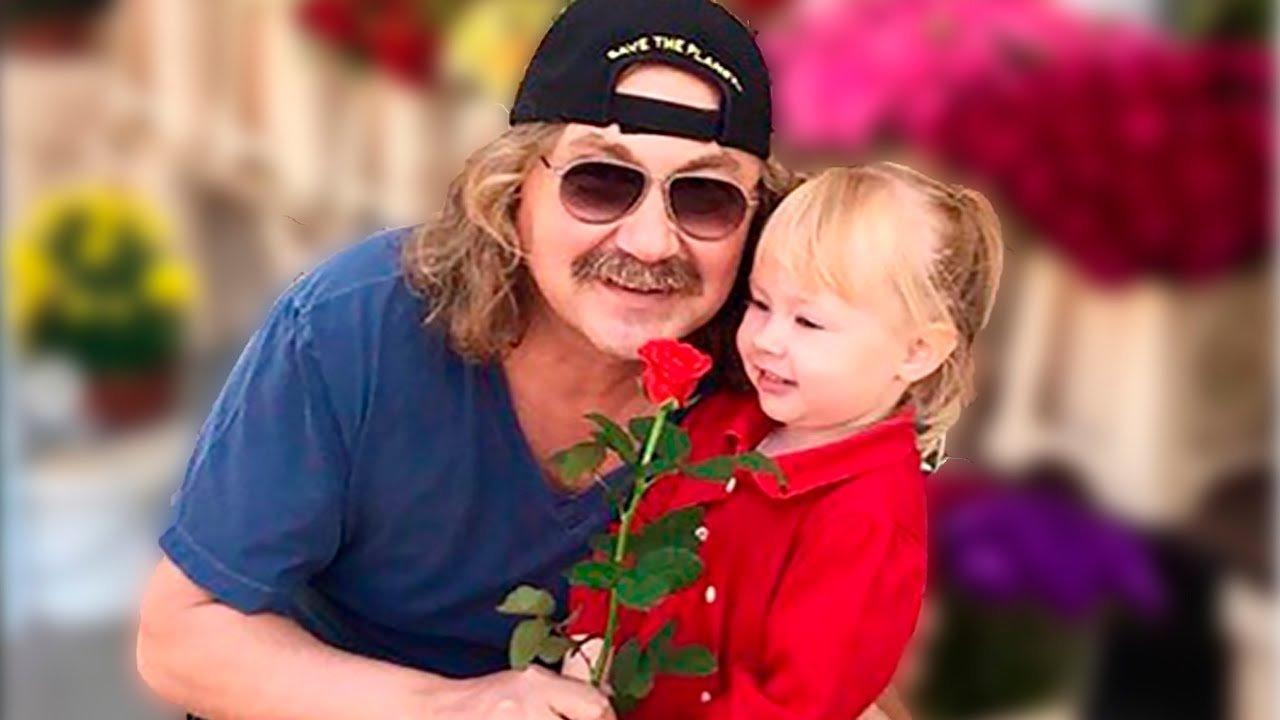 Маленькая дочь Игоря Николаева заинтересовалась музыкой