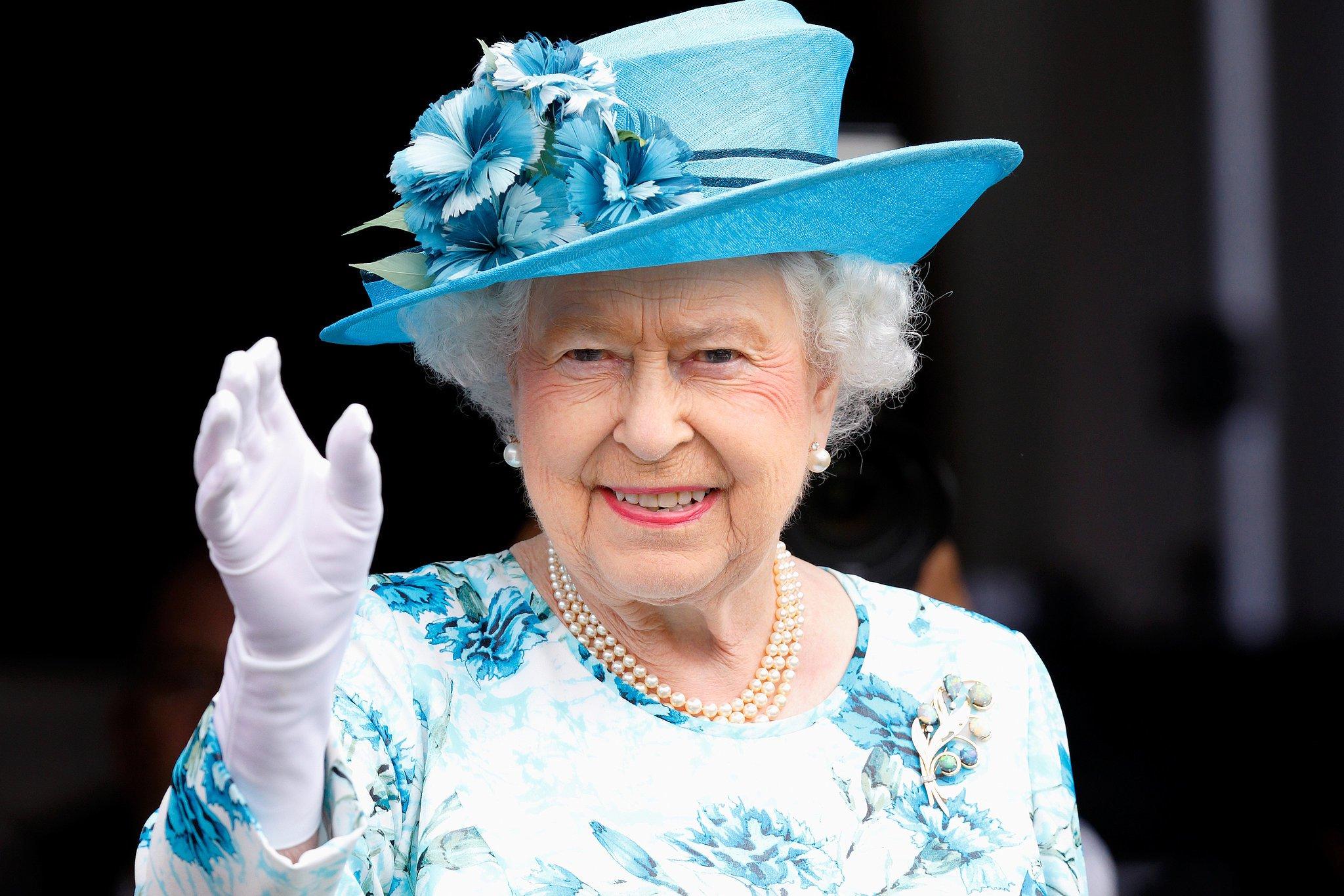 Королева Елизавета оценила поведение Меган Маркл во время недавнего тура по Африке