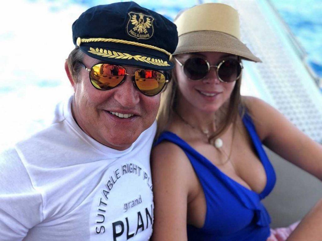 Дмитрий Дибров с женой попали в аварию
