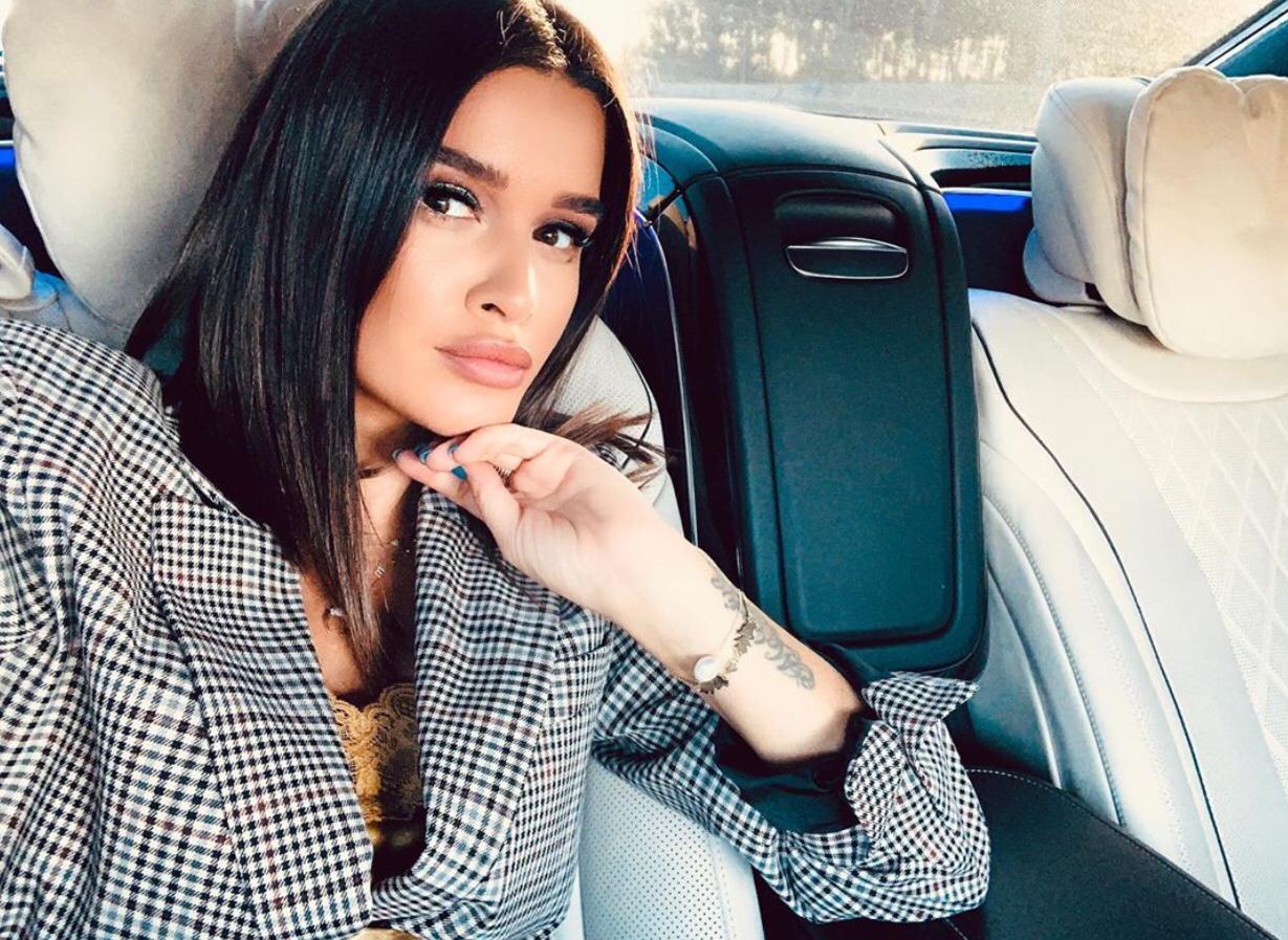 В сети раскритиковали работу салона красоты Ксении Бородиной