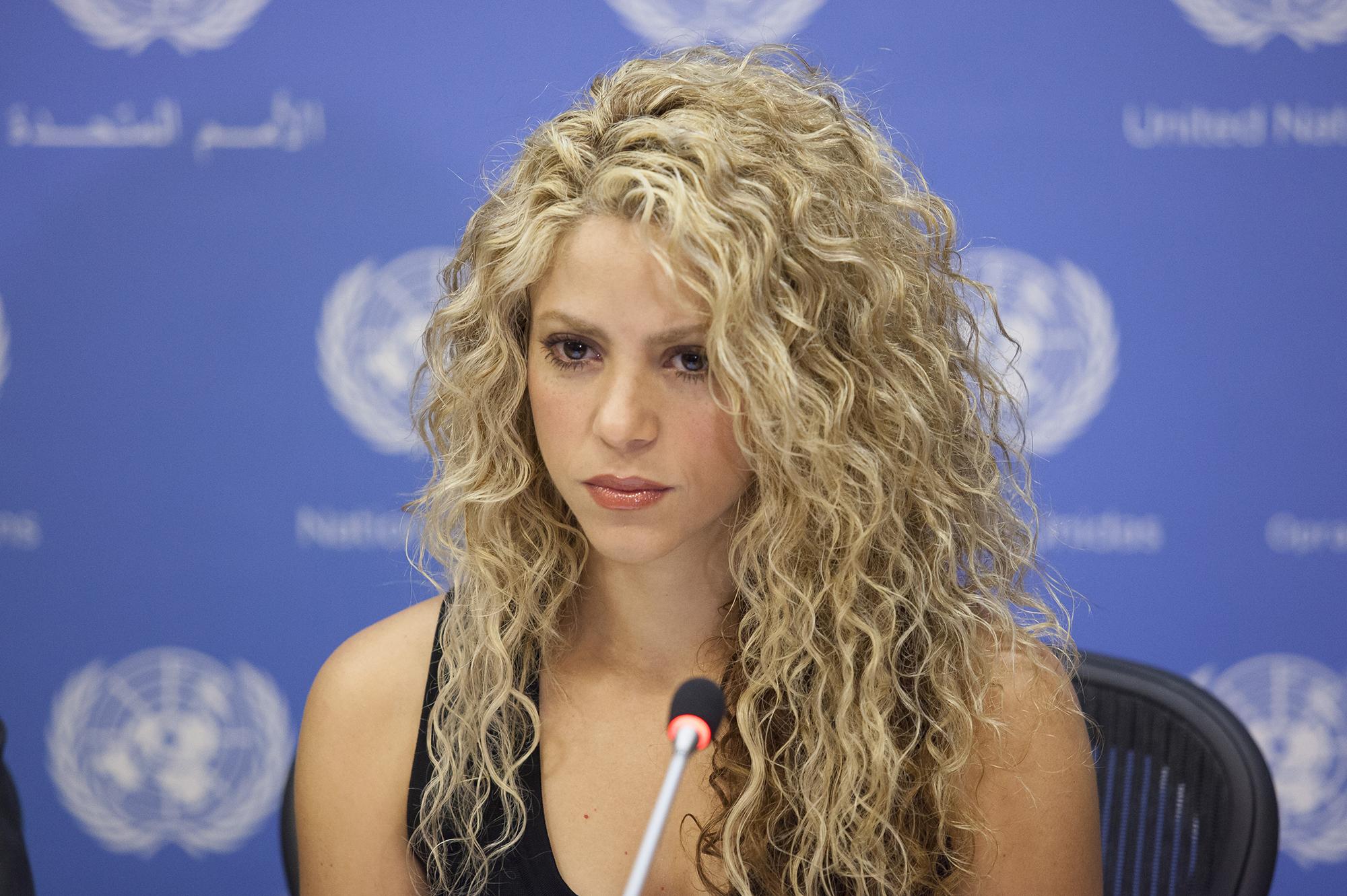 Шакира лишилась голоса из-за кровоизлияния в голосовые связки