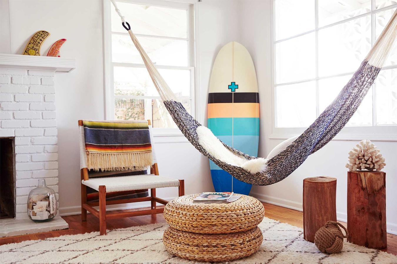 Кресло-гамак в интерьере: стильно и необычно