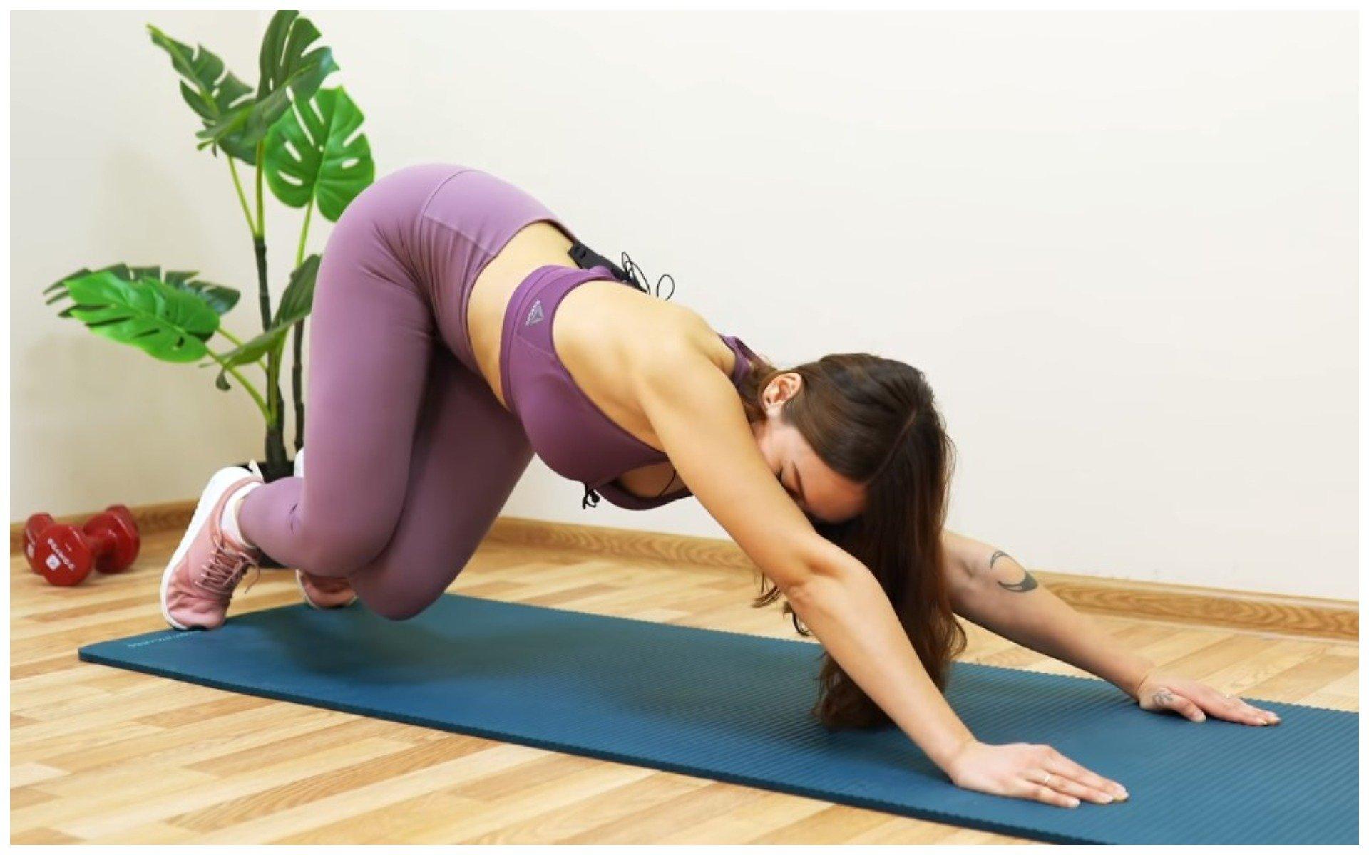 Упражнения, которые снимают боль во время критических дней