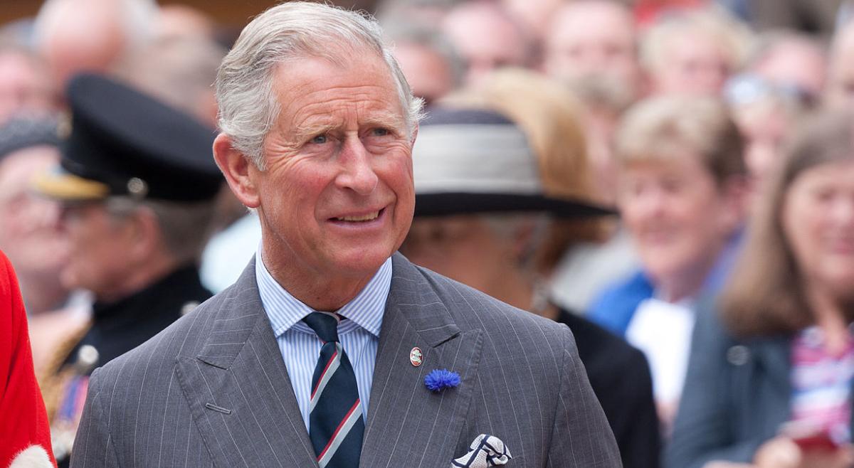 Официально: принц Чарльз заболел коронавирусом