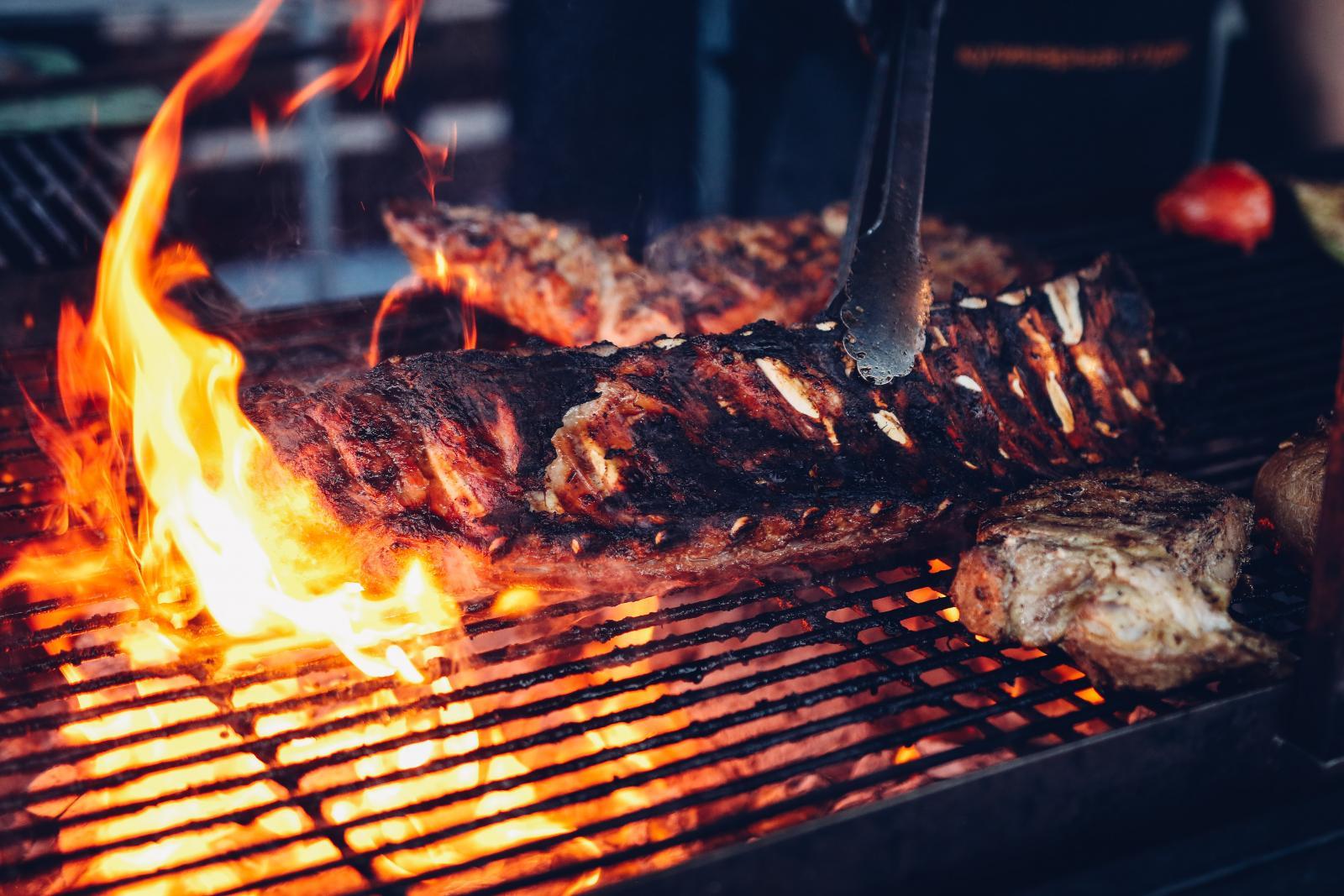 Необычные рецепты мяса на огне