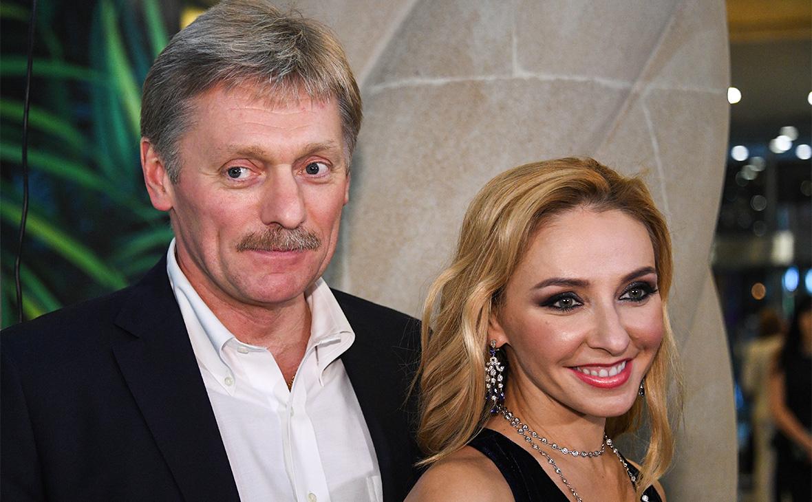 Татьяна Навка вышла в свет с мужем и падчерицей
