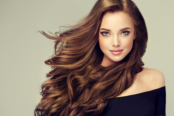 Как сохранить красоту и опрятность волос в холодное время года?