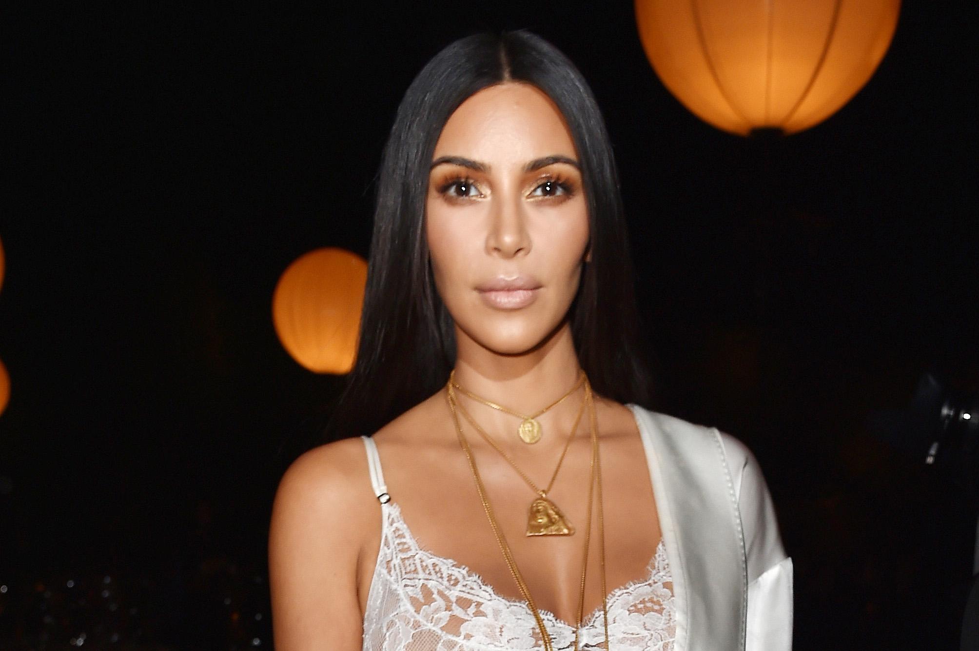 Ким Кардашьян показала новые снимки с дня рождения своей племянницы Сторми