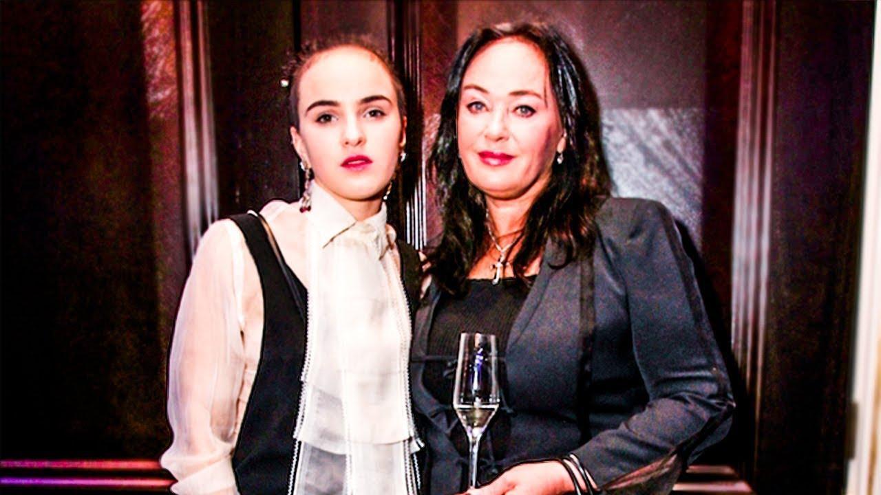 Поклонники переживают за психическое состояние дочери Ларисы Гузеевой