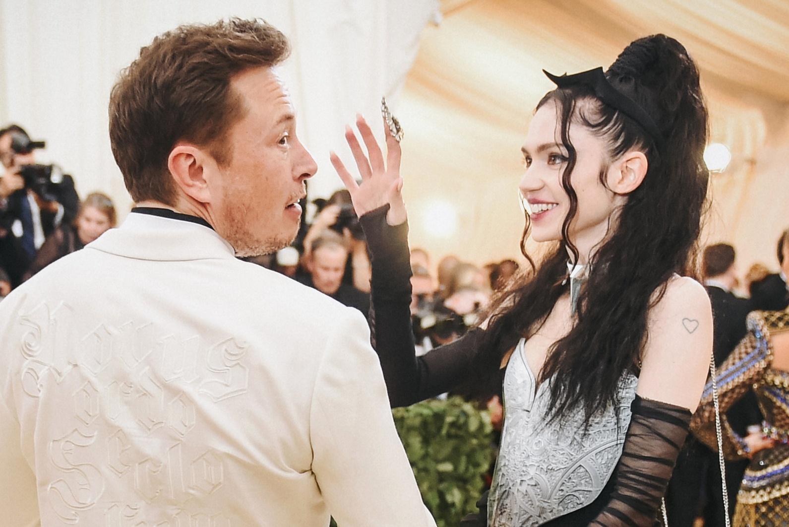 Граймс рассказала о беременности и призналась в любви Илону Маску