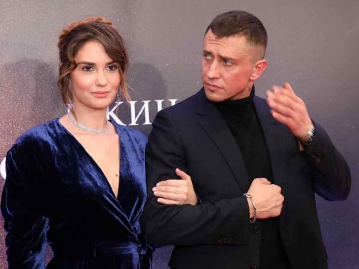Агата Муцениеце подала на развод с Павлом Прилучным