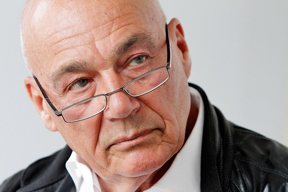 Владимир Познер признался, что хотел покончить с собой, когда у него повторно обнаружили рак