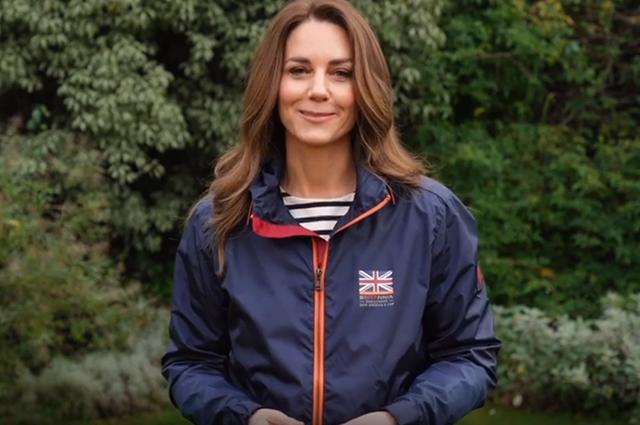 Какие образы сменила Кейт Миддлтон втуре по Великобритании  — Предрождественское путешествие