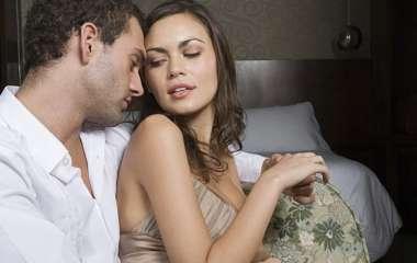 Как соблазнить девушку старше тебя