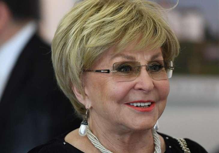 СМИ: 78-летняя Ангелина Вовк собралась замуж за 47-летнего Юлиана