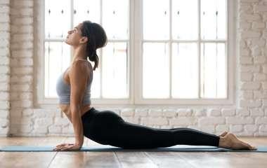 5 легких упражнений лежа на спине