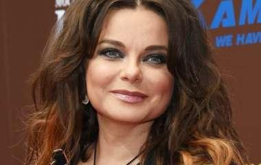 «Ни капли совести»: Королеву отчитали за провокационное видео в бикини