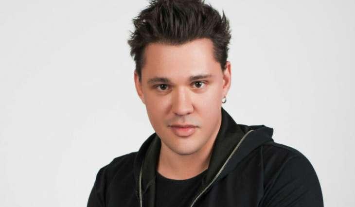 У звезды группы «Корни» Алексея Кабанова объявился внебрачный ребенок