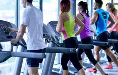 Кардиотренировка в зале: программа занятий и комплекс лучших упражнений