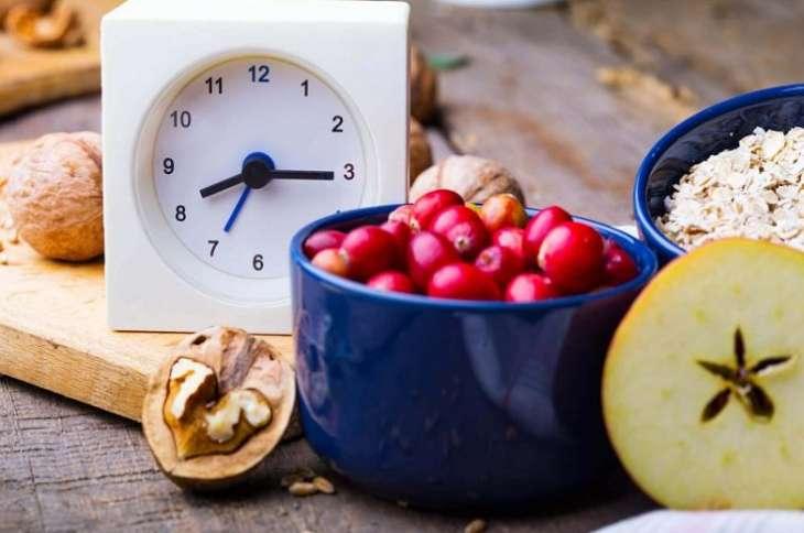 Эксперты назвали лучшее время для завтрака, чтобы похудеть