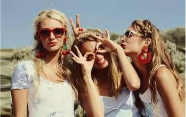 5 типов подруг, от которых нужно держаться подальше