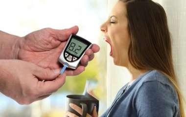 Диабет второго типа: названы утренние признаки высокого уровня сахара в крови