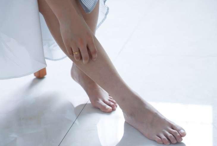 Симптомы диабета 2 типа: 3 болезненных ощущения в ступнях, которые сигнализируют о высоком сахаре