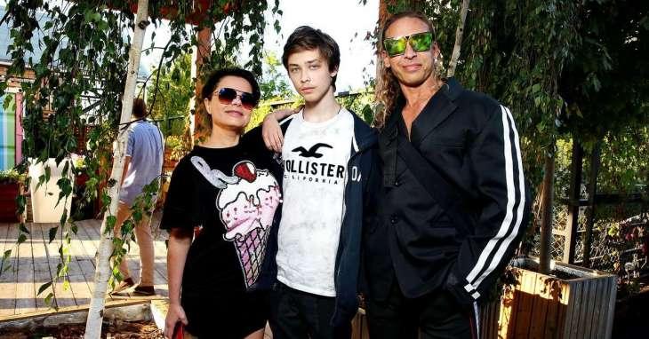 Сын Наташи Королевой и Сергея Глушко показал свою новую девушку
