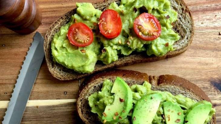 10 продуктов для завтрака, помогающих поднять настроение