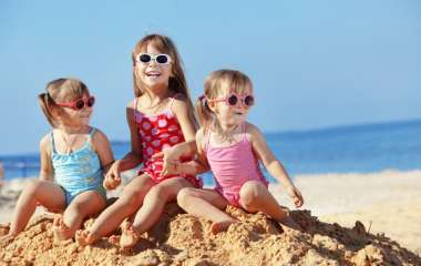 Веселые и подвижные игры для детей на пляже