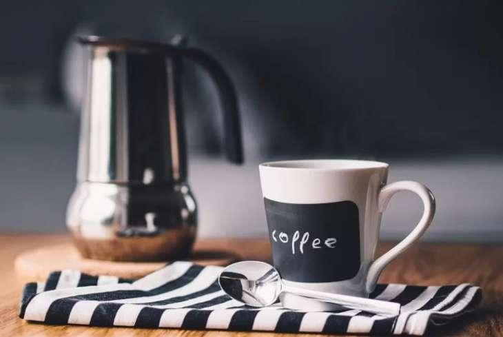 Врачи назвали три вредные утренние привычки