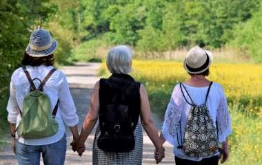 Рак легких: ранняя менопауза и низкий уровень эстрогена увеличивают риск у женщин