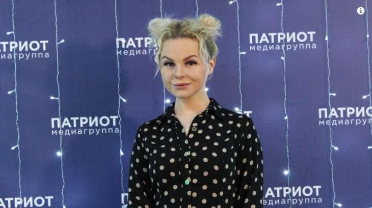 Алиса Вокс планирует взыскать 20 млн со Шнурова