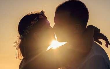 Хорошо сказано: 7 цитат о поцелуях