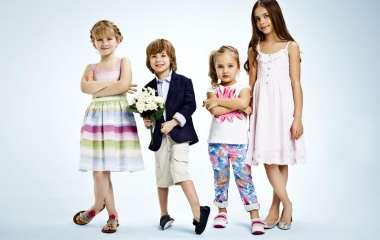 Лучший родитель года: выбираем стильную и недорогую детскую одежду