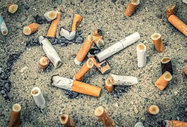 Почему даже потушенные сигареты опасны для здоровья