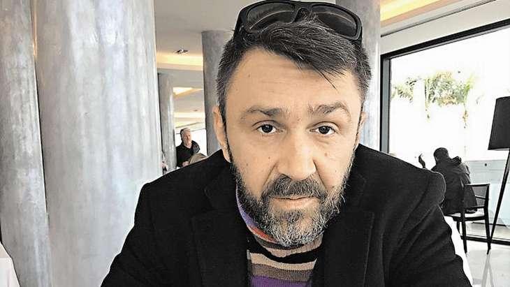 Сергей Шнуров: «Собчак должна любить Богомолова, а поцелуйчики шлет мне»