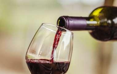 Определена потенциально полезная сердцу доза алкоголя