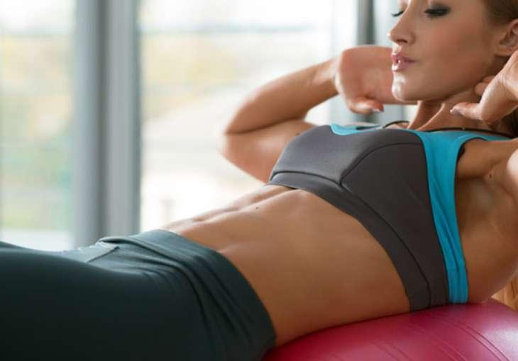 Как убрать живот и накачать пресс: лучшие упражнения и советы тренера