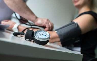 Кардиолог рассказала об опасности низкого давления