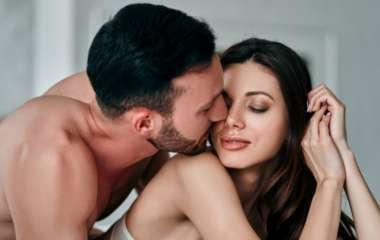 «Женщина фантазирует об изнаcиловании, мужчина — о любви втроем»: так ли это?