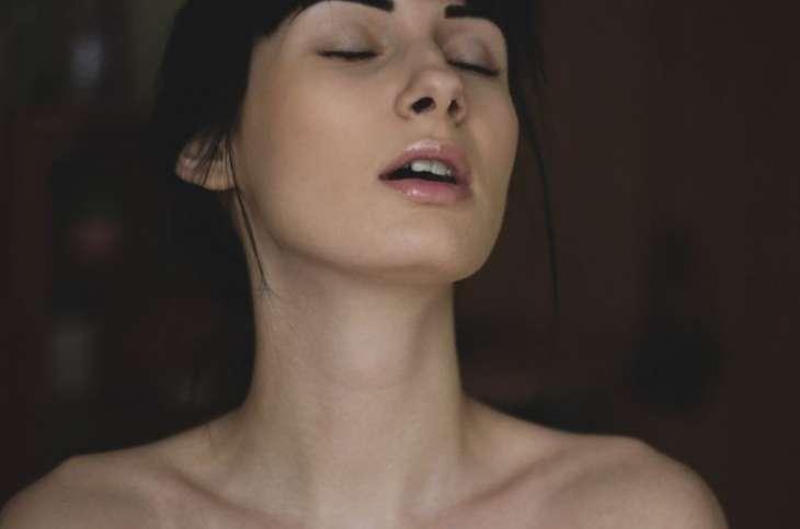 8 горячих женских фишек, из-за которых мужчина голову теряет от страсти